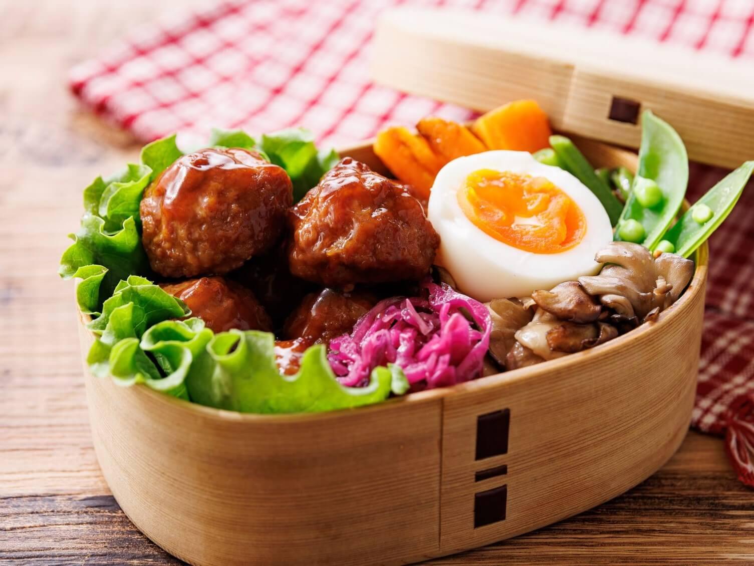 マンマ肉団子〈155g(固形7個)〉_商品紹介1